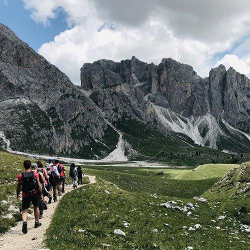 viaggio trekking alpi siusi