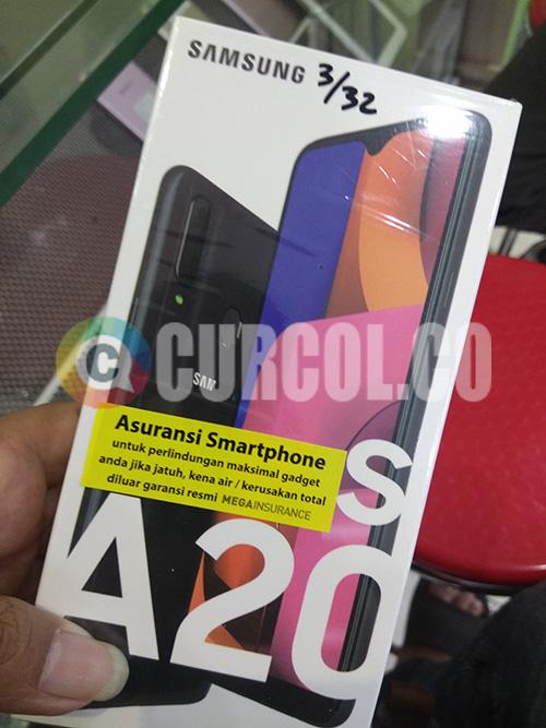 Penampakan HP Samsung A20s