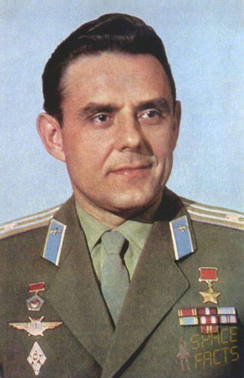 Vladimir Komarov 4