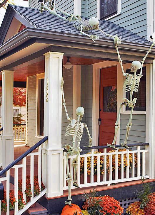 Skeleton Rooftop Halloween Porch Decorations