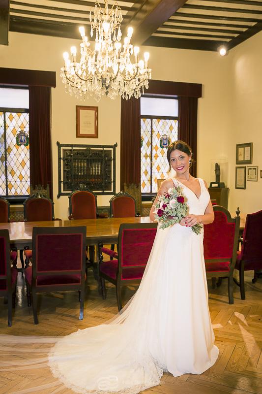 vestido de novia ayuntamiento cervantes