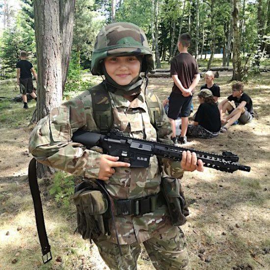 obóz militarny dla dzieci