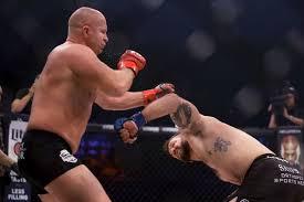 Бейдер нокаутировал Федора Емельяненка.