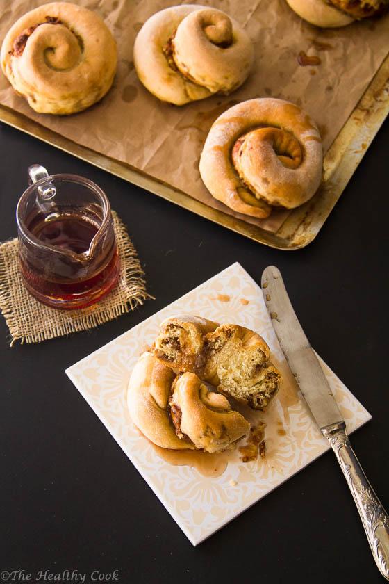 Vegan-Cinnamon-&-Tahini-Rolls – Ρολά-με-Κανέλα-και-Ταχίνι-(Ταχινόπιτες)