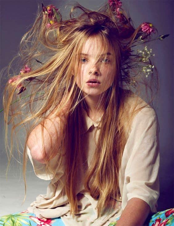 slenkantys plaukai