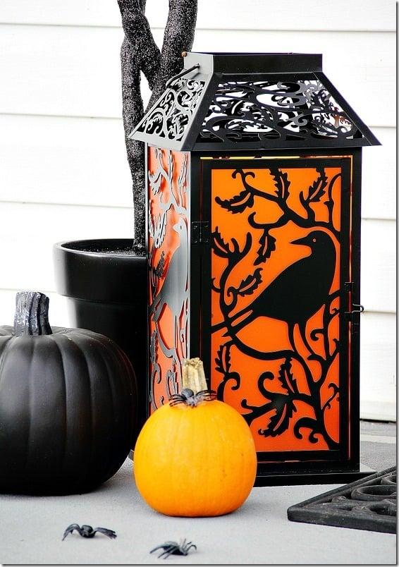 halloween-front-door-lantern