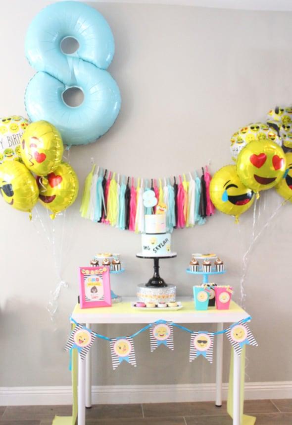 Amazing Emoji Birthday Party featured on www.prettymyparty.com