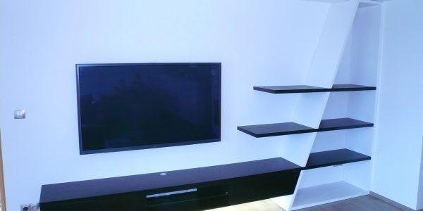designova-televizni-stena