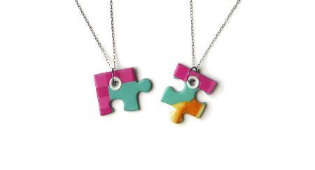 collares-con-material-reciclado-puzzle