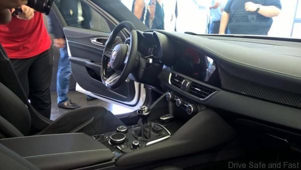 Alfa-Giulia-Interior-9