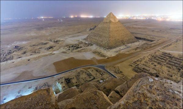 19-fotos-ilegales-y-espectaculares-de-los-monumentos-turisticos-mas-importantes-de-mundo-piramide-de-Giza
