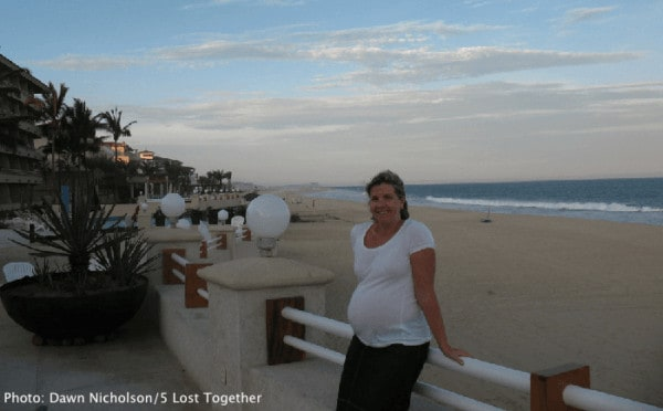 Have a relaxing beach babymoon in Cabo San Lucas
