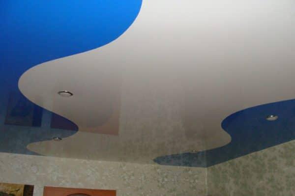 Натяжной потолок шовный