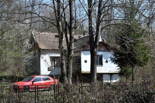 участок с домом в Сербии