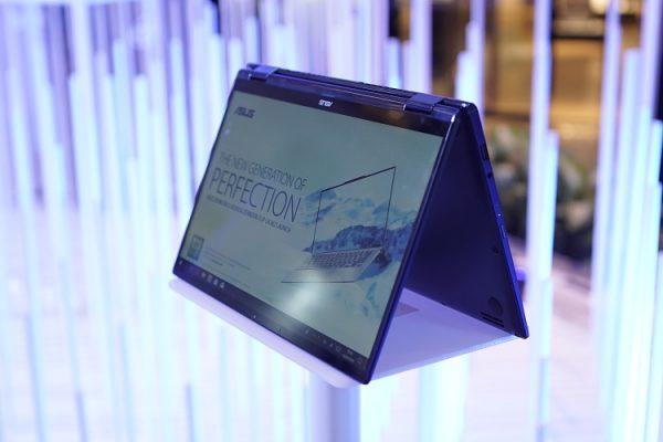 laptop Asus ZenBook Flip UX362 (2)
