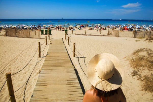 las-300-mejores-playas-de-espana-y-portugal-playa-san-bou-menorca