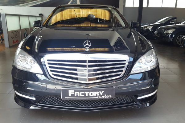 Frontal Mercedes-Benz S 500