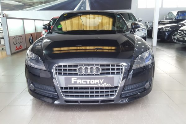 Frontal Audi TT Coupe 2.0 TFSI S tronic