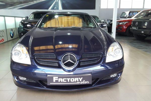 Frontal Mercedes-Benz SLK 200