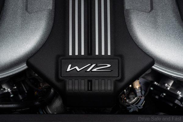 Bentley Flying Spur_W12 engine