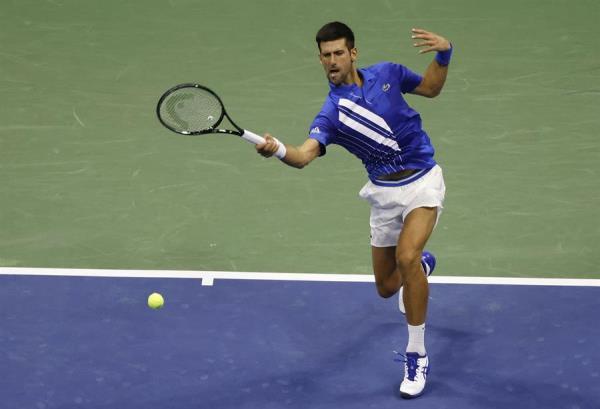 Pelotazo de Djokovic