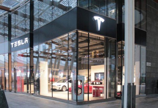 Tesla a Milano