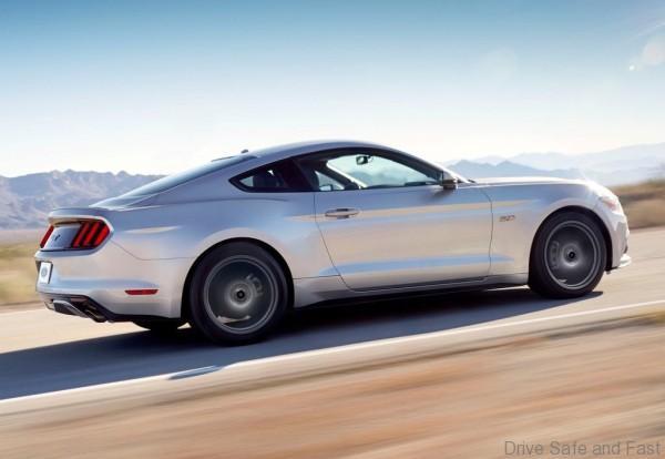 Ford-Mustang_GT_2015_1024x768_wallpaper_0f