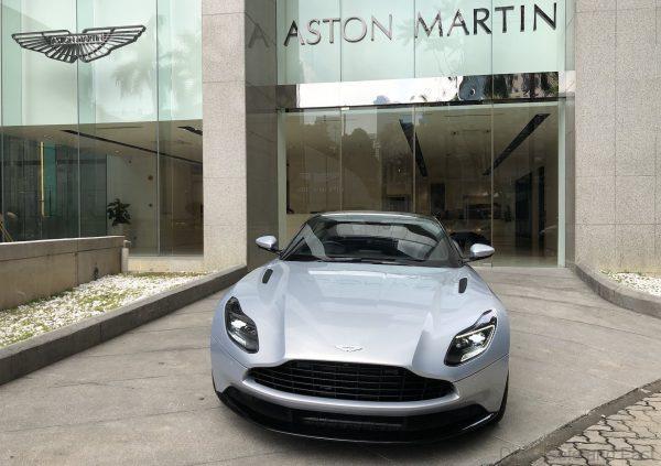 Aston Martin DB11_V8_nose