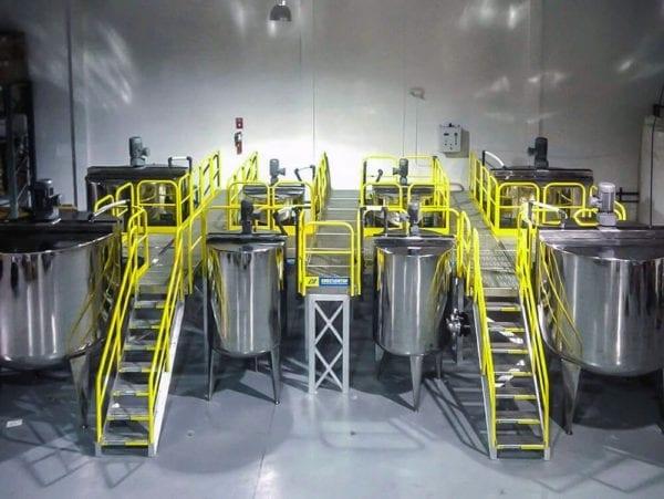 OSHA Compliant Metal Stairs With Metal Work Platform