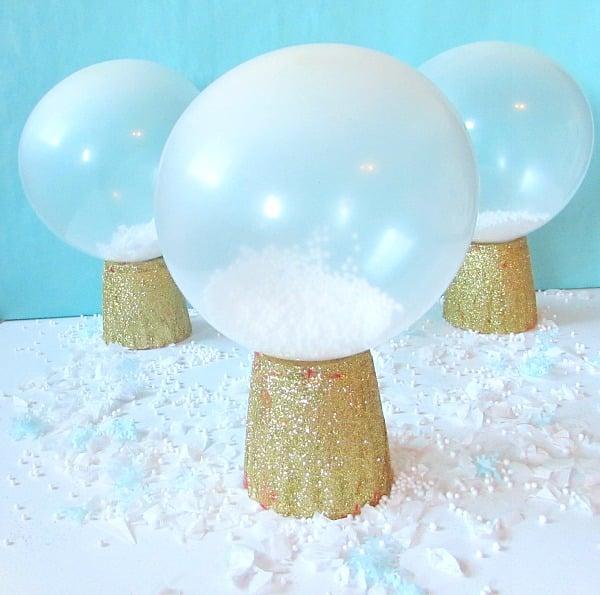 DIY Snow Globe Balloons | Winter Wonderland Party Ideas