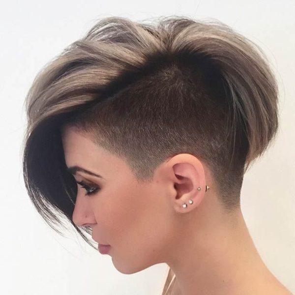 peinados-de-mujer-pelo-corto-punk-mechas