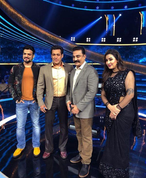 Kamal Haasan Starrer Vishwaroopam 2 Team arrives on the sets of Salman Khan's Dus Ka Dum ( google images)