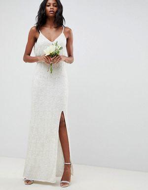 los-vestidos-de-novia-para-boda-civil-encaje-adornos-florales-asosedition