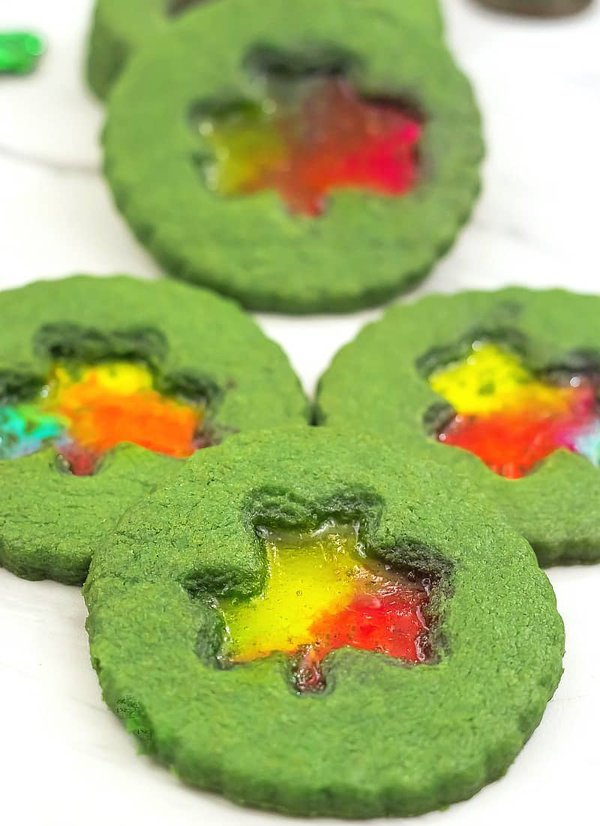 st.patrick's day shamrock cookies