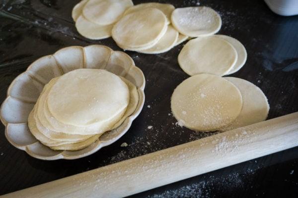 La pâte à gyozas – Feuilles à gyozas