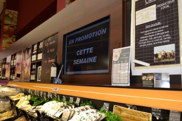 PLV dynamique : promotion sur écran de produits qui se trouvent dans le magasin.