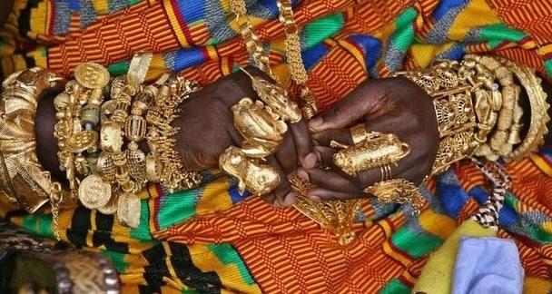 Ghana-quoc-gia-san-xuat-vang-thu-nhi-chau-phi-min
