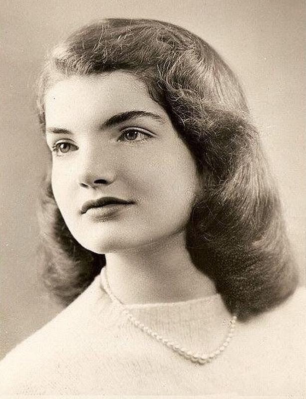 Jackie Kennedy con 18 años
