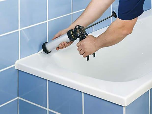 Ремонт между ванной и стеной