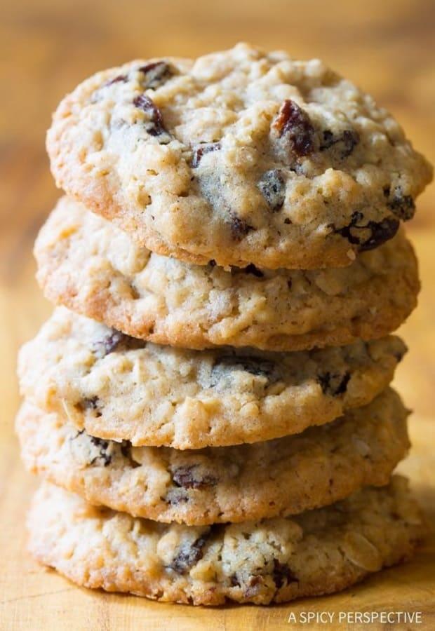 the-best-oatmeal-raisin-cookies