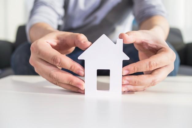 Опасно ли брать кредит под залог недвижимости?