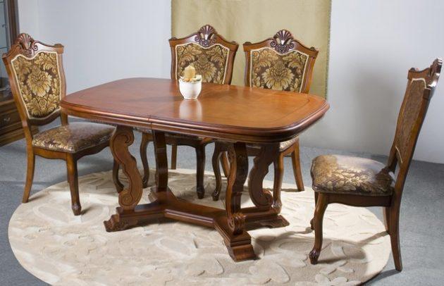 Обеденный стол деревянный