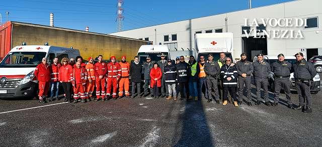Venezia, 10mila scarpe sequestrate a Fusina vanno alla Croce Rossa