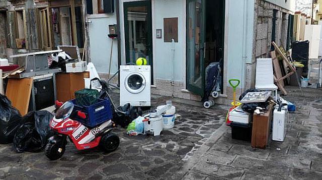 emergenza acqua venezia cercasi idraulici elettricisti