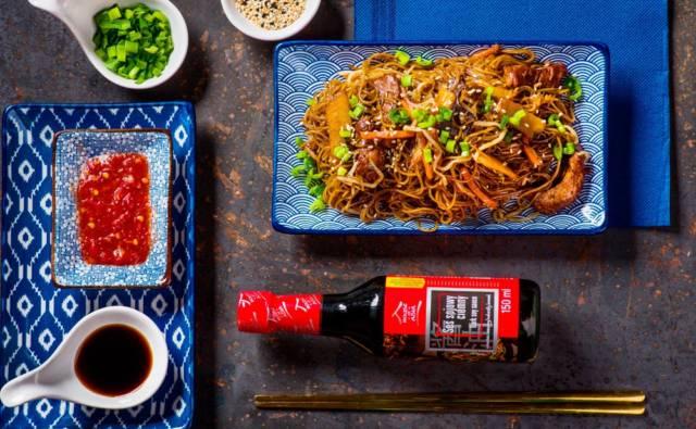 Polędwiczki wieprzowe z makaronem Vermicelli i warzywami House of Asia