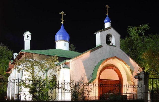 ruska-crkva-svete-trojice-tasmajdan
