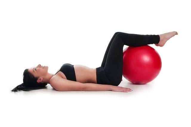 Durch die Stufenlagerung wird die Lendenwirbelsäule entlastet. Z. B. bei einem Bandscheibenvorfall wird der Druck auf die Bandscheiben verringert und das austreten des Kerns reduziert und somit der Druck auf Nervenareale vermindert. Das Ergebnis ist eine sofortige Schmerzlinderung.