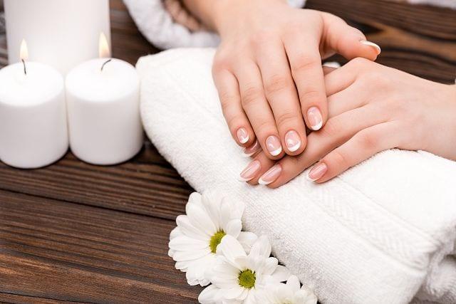 Heiße Tücher werden häufig zur Vorbereitung einer Massage verwenden um die Muskulatur vorab zu entspannen.