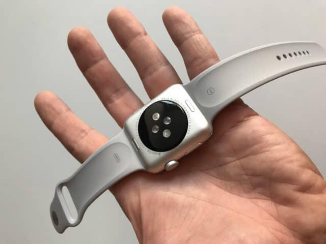 Apple Watch 3: Zadní strana