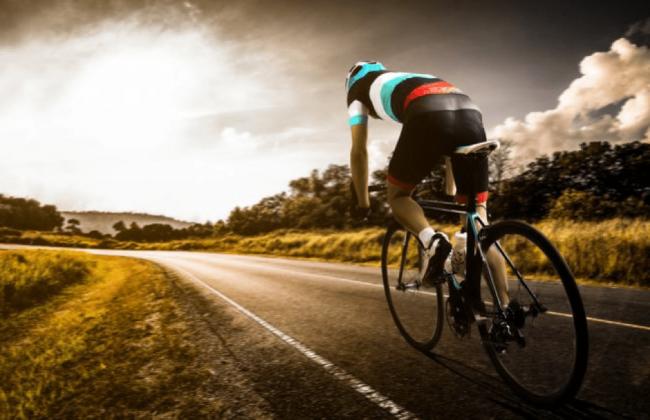 Crampi nel ciclismo: come prevenirli e superarli durante un allenamento